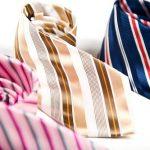 Krawatten nach dem Tragen einrollen - Foto youtailor