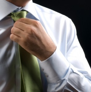 Krawatte gehrt zum Business-Outfit des 21. Jahrhunderts  istockphoto
