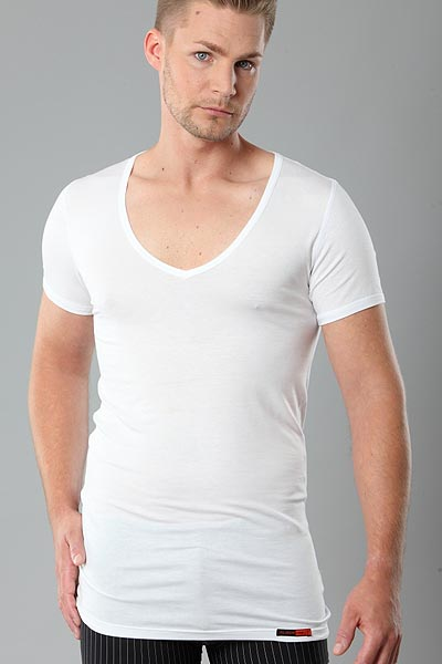 Deep-V-Neck Herren Unterhemd Micromodal light