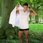 Muss es immer Bio-Baumwolle sein? Wie wär's mit Unterhemden aus HOLZ?