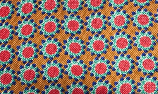 Plastron Rot, Gelb, Gruen, Blau - Blumen, Dessin 200061